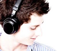 استمعوا للموسيقى-