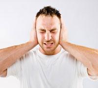 طنين الأذن أسبابه وعلاجه