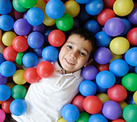 العلاج الوظيفي للأطفال الذين يعانون من اضطرابات الإدراك الحسي
