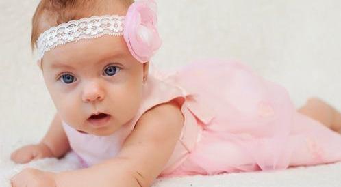 مراحل تطور الطفل من 1-3 أشهر