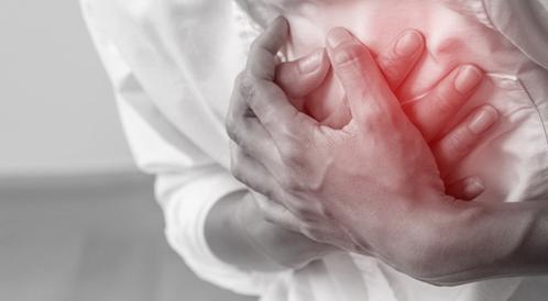 هذا ما يجب أن تفعله لإنقاذ شخص من النوبة القلبية