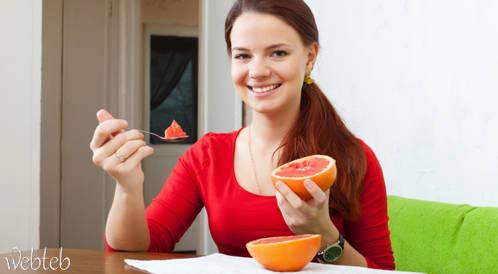 دراسة جديدة: فيتامين C يحميك من أمراض القلب