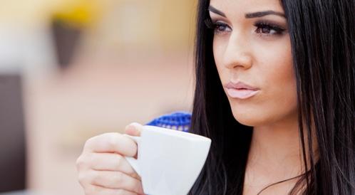 دراسة جديدة: القهوة تزيد من فرص الشفاء من سرطان الأمعاء