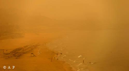 ثلاث وفيات في لبنان نتيجة العاصفة الرملية