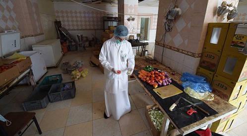ضبط مخالفات في مطاعم ومنشات غذائية لإعاشة الحجاج