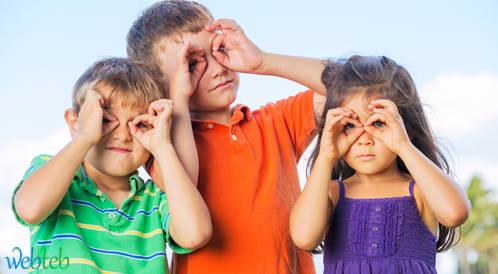 قضاء الأطفال مزيد من الوقت خارجاً يحفظ عينيهم