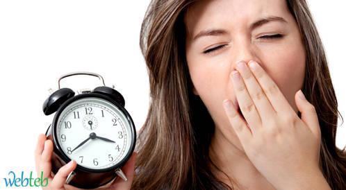 دراسة حديثة: النوم المتأخر مرتبط بزيادة الوزن