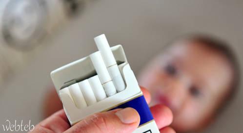 تعرض الأطفال للتدخين السلبي قد يصيبهم بتسوس الأسنان