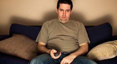 مشاهدة التلفاز ترفع من خطر الإصابة بأهم مسببات الوفاة