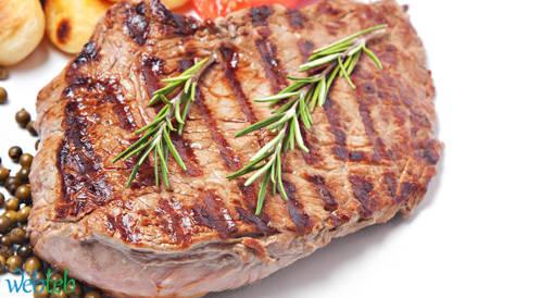 تناول شريحة من اللحم أسبوعيا يزيد من خطر إصابتك بسرطان القولون!