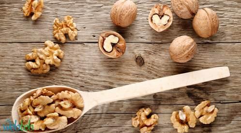 دراسة جديدة تكشف عن فوائد ادراج الجوز إلى النمط الغذائي