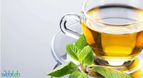تناول الشاي الأخضر بكميات كبيرة مضر بالصحة