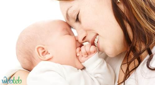 انجاب الطفل الأول بعمر مبكر قد يضر بصحة المرأة
