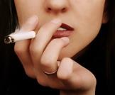 النساء المدخنات يواجهن خطر انقطاع الطمث المبكر!