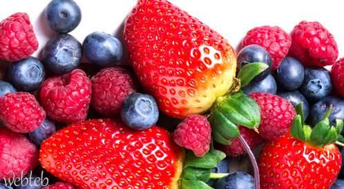 تناول الخضراوات والفواكه الغنية بالفلافونويد تقلل من زيادة الوزن