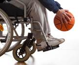جهاز قد يعيد الأمل بالحركة للمصابين بالشلل