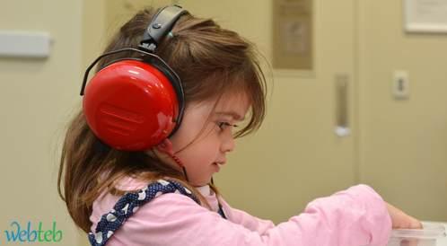 مستوى الكورتيزول صباحاً عالٍ لدى الأطفال المصابين بفقد السمع