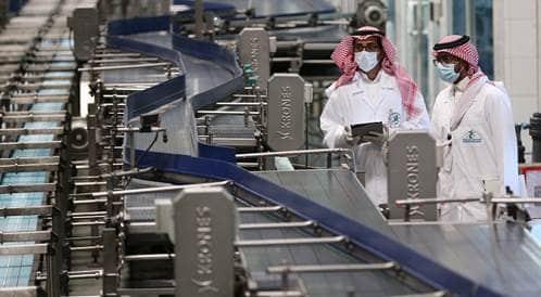 الغذاء والدواء السعودية تمنع استخدام بعض عبوات المياه