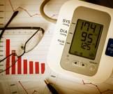 تأثير العلاج المكثف لخفض ضغط الدم على نتائج القلب والأوعية الدموية والكلى