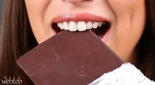 تناول الشوكولاتة قد يعزز الوظائف الإدراكية والمعرفية