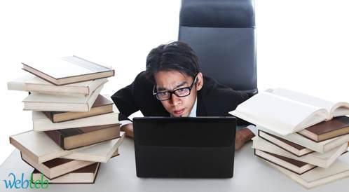 العمل لساعات طويلة يرفع من خطر الإصابة بأمراض القلب