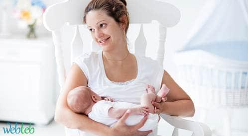 الرضاعة الطبيعية تقلل من خطر إصابة الأطفال بالتهاب الأذن