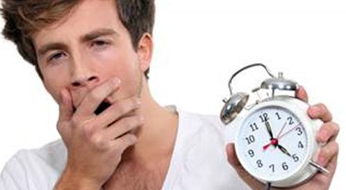 قلة النوم تجعل نظامك الغذائي غير صحي