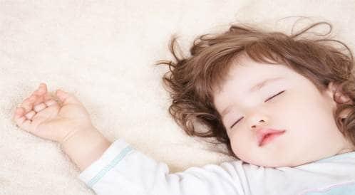 سهر الأطفال من شأنه أن يعرضهم للإصابة بالسمنة