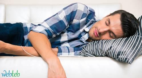 هل تنام مبكرا عزيزي الرجل؟ قد تكون مصاباً بضغط الدم المرتفع