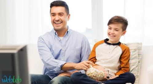 توصيات هامة بخصوص قضاء الأطفال وقتهم أمام الشاشات