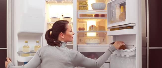 الغذاء والدواء تصدر نصائح حول حفظ الأطعمة في الثلاجة
