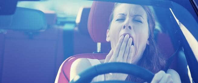 خطر التعرض لحادث سيارة يتزايد بسبب قلة النوم