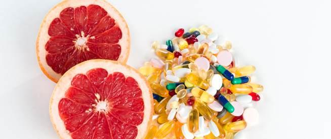 الغذاء والدواء تحذر من تناول بعض الأدوية والجريب فروت!