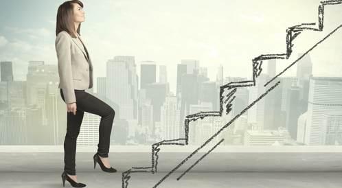 اصعد الدرج بدلاً من تناولك للقهوة صباحاً لتحصل على الطاقة