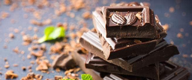 المغنيسيوم في الشوكولاتة الداكنة يقلل من ضغط الدم المرتفع