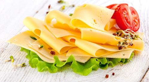 تناول الجبنة الصفراء