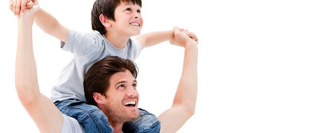 الأباء الأكبر عمراً قد ينجبون أطفالاً أكثر ذكاءً