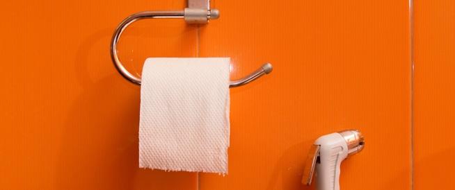 ورق المرحاض لا يكفي، والأطباء يحذرون!