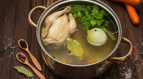 شوربة الدجاج بالفعل تعالج البرد!
