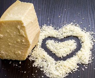 قطعة من الجبن يومياً تبعد عنك الطبيب؟