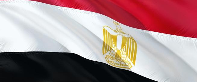 مصر تطلق حملة ضخمة للقضاء على فيروس سي بحلول عام 2020