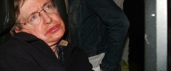 وفاة الفيزيائي هوكينغ بعد 54 عاماً من تشخيص إصابته بمرض نادر