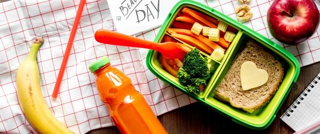 نصائح لتحضير حقيبة الإفطار المدرسية