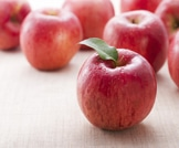 تناول التفاح