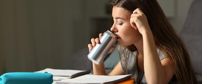 مشروبات الطاقة قد تصيبك بالنوبة القلبية