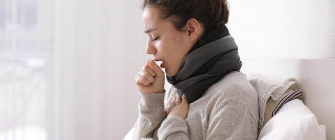 علامات لضرورة التوجه للطبيب عند الإصابة بالسعال