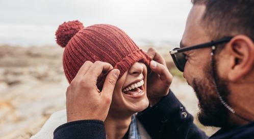 الضحك بين الأزواج