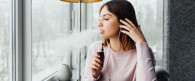 ما حقيقة تضرر الرئتان بسبب السجائر الإلكترونية؟