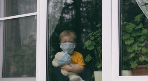 دراسة تأثير لقاح كورونا على الأطفال