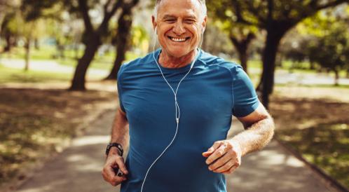 العلاقة بين قوة عضلات كبار السن وكورونا